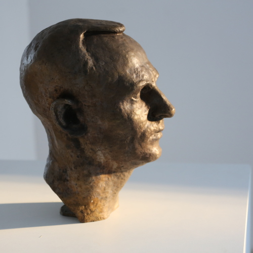 Скулптура на Ботьо Бараков. Автор: Проф. Марко Марков